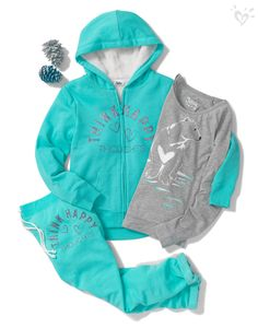 We've made gift giving easy with our sherpa-lined hoodie and coordinating sweats and tee! Tween Fashion, Moda Fashion, Little Girl Fashion, Outfits Niños, Cool Outfits, Fashion Outfits, Justice Clothing, Justice Outfits, Sherpa Lined Hoodie