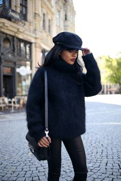 All black and a fiddler hat! 13e22e6f6ece