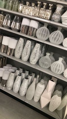 Really Shiny And Modern Vases To Décorateur With . Really shiny and modern vases to décorateur with .