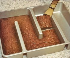 Enjoy the finer things in life as you indulge on a mouth watering treat made using the edge only brownie pan. The long continuous chamber…