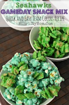 Superbowl gameday recipe, SEAHAWKS fans team colors snack mix. Quick and easy recipe