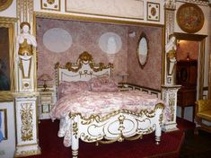 Google Image Result for http://media-cdn.tripadvisor.com/media/photo-s/01/44/bc/52/room-marie-antoinette.jpg