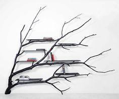 Librero en forma de árbol