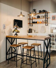 Discover recipes, home ideas, style inspiration and other ideas to try. Cuisines Design, Kitchen Design, Sweet Home, Dining Room, How To Plan, Interior Design, Wood, Home Decor, Stainless Steel Kitchen Shelves