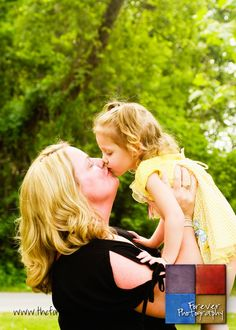 Forever Photography: family photography, grandma and granddaughter, oskaloosa IA