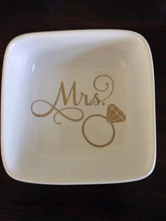 custom mrs ring and jewelry dish holder in goldmakes a great little wedding engagement or shower gift