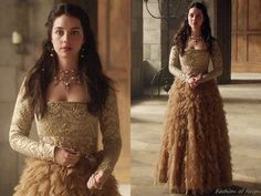 """In the episode 3x01 (""""Three Queens, Two Tigers"""") Queen Mary wears this breathtaking Reign Costumes custom ensemble. Mary's gorgeous costume in the muted gold palette consists of the square-neck..."""