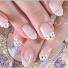 21 Super Cute Nails You Have to Try – Healthick Gel Nail Designs, Cute Nail Designs, Love Nails, Pretty Nails, Kawaii Nails, Wedding Nails Design, Bridal Nails, Beautiful Nail Designs, Rhinestone Nails
