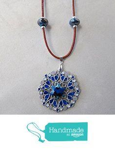 Vendido. Collar largo boho hecho a mano con base plateada y esmaltes azules con bolas de cerámica de Joyería y Bisutería artesanal Oscurarosa https://www.amazon.es/dp/B06XZPQZ43/ref=hnd_sw_r_pi_dp_u7s4ybK7330RK #handmadeatamazon