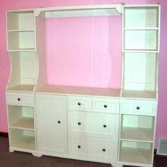 I want to make this!  DIY Furniture Plan from Ana-White.com  Featuring three drawers, one cupboard and a large changing area, this changing table will meet the needs of your new baby, while still looking beautiful. Works with the rest of the Madeline Changing Wall. Special thanks to our readers for sharing their photos.