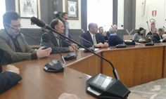 Aeroporto Grottaglie (Taranto) - Le associazioni seguono l'apertura di Emiliano ai voli di linea passeggeri