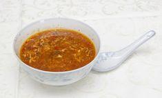 Polievka, ktorá chutí vždy a najviac, keď si ju pripravíte sami… tak nech sa páči, ide sa na to..:) Ingrendiencie: Čínska zelenina 1 bal. mäso kuracie 450 g cibuľa 2 ks čínske hríby 100 až 150 g voda bujoń hubový 2 ks bujón zeleninový 2 ks dochucovadlá/sójová omáčka, rýžový ocot podľa chuti Mrkva, zeler vajcia 3 -4ks