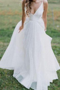 V-neckline Simple Boho Beach Wedding Dress Chiffon Wedding Dress Chiffon, Perfect Wedding Dress, Relaxed Wedding Dress, Wedding Dress Big Bust, Prom Dress, Boho Beach Wedding, Summer Wedding, Dream Wedding, Beach Weddings
