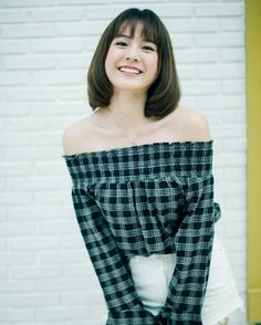 Princess Hours Thailand, Holy Chic, Cute Korean, Beautiful Actresses, Girl Crushes, Movie Stars, Cute Girls, Asian Girl, Off Shoulder Blouse