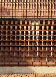 Image 10 of 28 from gallery of Cloaked in Bricks / Admun Design & Construction Studio. Photograph by Parham Taghioff Concrete Facade, Brick Facade, Facade House, Brick Architecture, Contemporary Architecture, Architecture Details, Brick In The Wall, Brick And Stone, Brick Design