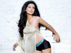 Geeta Basra Geeta Basra, Indian Actresses, Mumbai, Bollywood, Dresses, Fashion, Vestidos, Moda, Bombay Cat