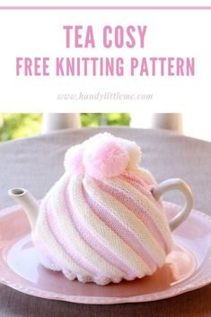 Tea Cozy Ice cream swirl tea cozy free knitting pattern - Make an ice cream swirl tea cosy with this free knitting pattern by Handy Little Me. Tea Cosy Knitting Pattern, Tea Cosy Pattern, Kids Knitting Patterns, Knitting Blogs, Free Knitting, Scarf Patterns, Finger Knitting, Knitting Machine, Crochet Geek
