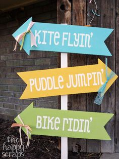 Use your Cricut to make vinyl stencils for a fun front porch sign.  Spring Front Porch Arrows