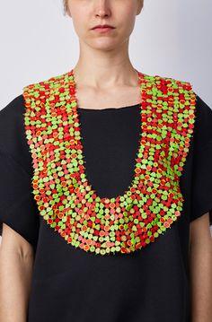 Atsuko Fujishima Necklace: Kopflosigkeit (Headlessness), 2011 plastic, polyester thread 53 x 36 x 0,5 cm Graduation 2010 - 2013
