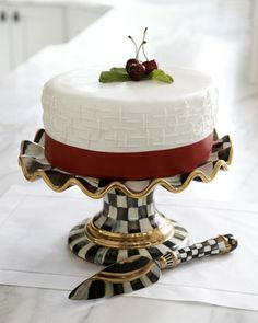 """Courtly Check"" Cake Server & Stand by MacKenzie-Childs at Neiman Marcus. ᘡηᘠ"