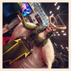 Awesome She-Loki cosplay