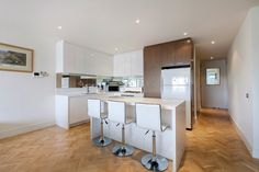 307/6 Lisson Grove Hawthorn VIC 3122 Real Estate HAWTHORN - SOLD