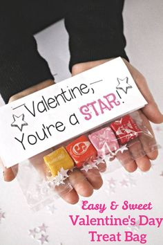 These easy Valentine's Day Treat Bags make a sweet and simple gift for classmates, friends, neighbors, and family! Valentines Treats Easy, Valentines Day Bags, Valentine Day Crafts, Starburst Candy, Bag Toppers, Sweetest Day, Craft Party, Party Party, Simple Gifts