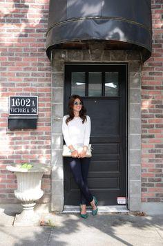 Home | Jillian Harris. White sweater and skinnies