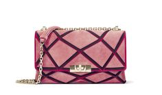 Discover the lastest news of Roger Vivier