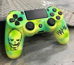 joker controller - Playstation - Ideas of Playst., Genel, joker controller - Playstation - Ideas of Playstation - - joker controller Source by Jordan_Stores. Cool Ps4 Controllers, Ps4 Controller Custom, Xbox One Controller, Xbox 1, Playstation Games, Ps4 Games, Games Consoles, Arcade Games, Video Game Rooms