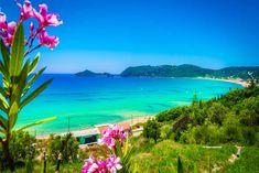 Top 6 szeptemberi vitorlás úti cél 2021 Bali Honeymoon, Best Honeymoon Destinations, Romantic Honeymoon, Corfu Holidays, Uk Holidays, Spain Travel, Greece Travel, Slovenia Travel, Greece Holiday
