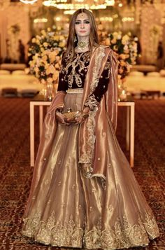 partywear dress The post partywear dress appeared first on ThealiceOnline. Pakistani Mehndi Dress, Pakistani Fashion Party Wear, Pakistani Formal Dresses, Pakistani Wedding Outfits, Pakistani Wedding Dresses, Pakistani Dress Design, Bridal Outfits, Indian Dresses, Lehenga Wedding