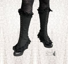 Spats Vespertilio, Victorian inspired shoe covers, Steampunk black spats, Somnia Romantica by Marjolein Turin