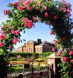 KENSINGTON PALACE, LONDON        Never looked lovelier; bowers of roses opened in full bloom to welcome the arrival of Baby Cambridge.