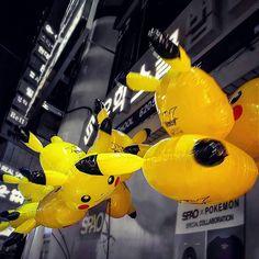 Very important Pikachu balloons #balloons #pikachu #pokemon #nightlife #gangnam #seoul #southkorea #korea #asiatravel #nomsandramblestravels #nomsandrambles #instapassport #instatravel #travelphotography #instadaily #igdaily #instagood