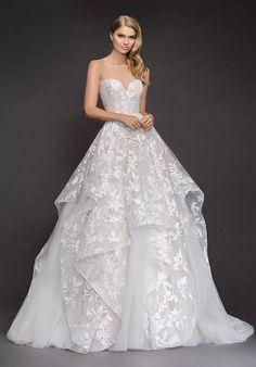 Hayley Paige Bridal, Blush By Hayley Paige, Western Wedding Dresses, Bridal Dresses, Wedding Gowns, Cowgirl Wedding, Wedding Country, Bling Wedding, Country Weddings