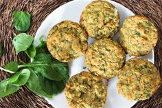 Savory whole grain spinach muffins