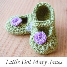 Little Dot Mary Jane's Pattern.  ☀CQ #crochet #crafts #DIY. Thanks so much for sharing! ¯\_(ツ)_/¯