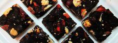 Raw Chocolate Bar Recipe or Chocolate Bark Experiment Raw Chocolate Bar Recipe, Chocolate Bark, Raw Desserts, Healthy Dessert Recipes, Bark Recipe, Raw Cacao, Mixed Nuts, Raw Vegan, Cacao Powder