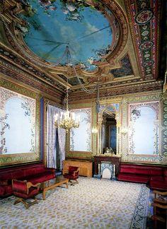 Lugares Que Ver: Palacio de Santoña - Madrid - España
