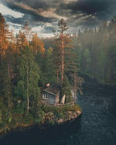 Cabin in eastern Finland bykpunkka Good Vibes Heal Affirm. Into The Woods, Cabins In The Woods, House In The Woods, Landscape Photography, Nature Photography, Forest House, Cabins And Cottages, Belle Photo, Beautiful Landscapes