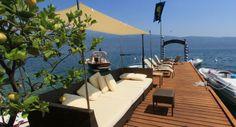 La Baia D'Oro  Albergo Ristorante Baia D'oro Via Donatori di Sangue, 13 25084 Gargnano (BS) Tel: 0365 71171 - Fax: 036572568 Web: - Email: info@hotelbaiadoro.it Die Anlegestelle für Boote