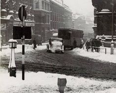 Birmingham England a terrible winter 1947. I remember it well. Sutton Coldfield, Moving To Australia, Walsall, Birmingham England, Royal Marines, British History, Best Cities, Historical Photos, Past
