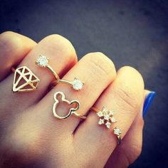Image via We Heart It #accessories #beautiful #girly #gold #jewerly #style