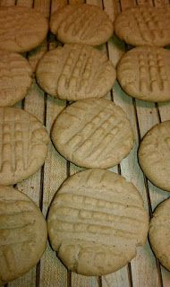 Neece's Recipe Box - Desserts & Breads: Cake Mix Peanut Butter Cookies