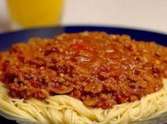 Receita de Molho Bolonhesa - molho de tomate. Deixe apurar e se necessário acrescente a...