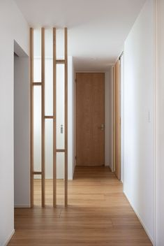 Home Stairs Design, Foyer Design, Home Room Design, Küchen Design, Living Room Designs, House Design, Wood Partition Design, Living Room Partition Design, Living Room Divider