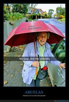 ABUELAS - Siempre con su humor tan peculiar   Gracias a http://www.cuantarazon.com/   Si quieres leer la noticia completa visita: http://www.estoy-aburrido.com/abuelas-siempre-con-su-humor-tan-peculiar/