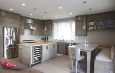 Warm and Modern Kitchen remodel design