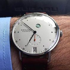 chronofragments - Nomos Metro Datum Gangreserve